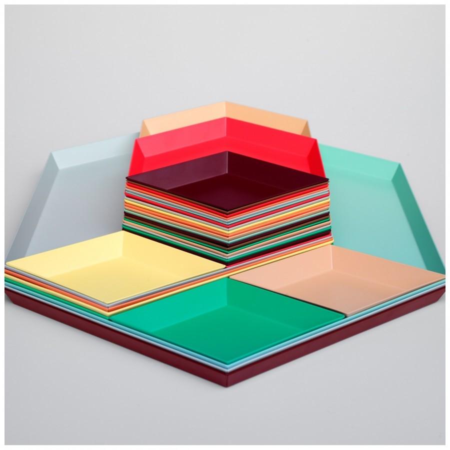 """Tablett Serie """"Kaleido"""", Design: Clara von Zweigbergk Bild: HAY"""