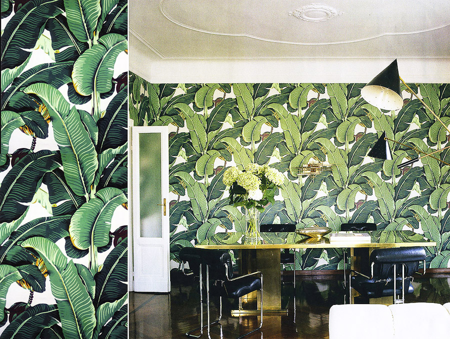 Martinique Wallpaper - Das Original hängt im Beverly Hills Hotel, LA. Seit 1042 erhältlich über www.martiniquewallpaper.com Bild rechts: Martinique Wallpapers | Bild links: Nate Berkus, Projektbild eines Apartments in Mailand