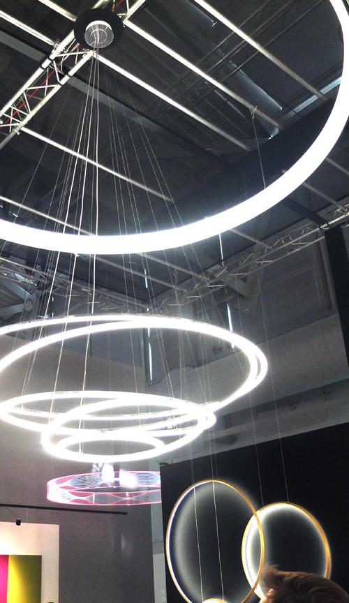 Leuchtreifen von Satter Objektlicht