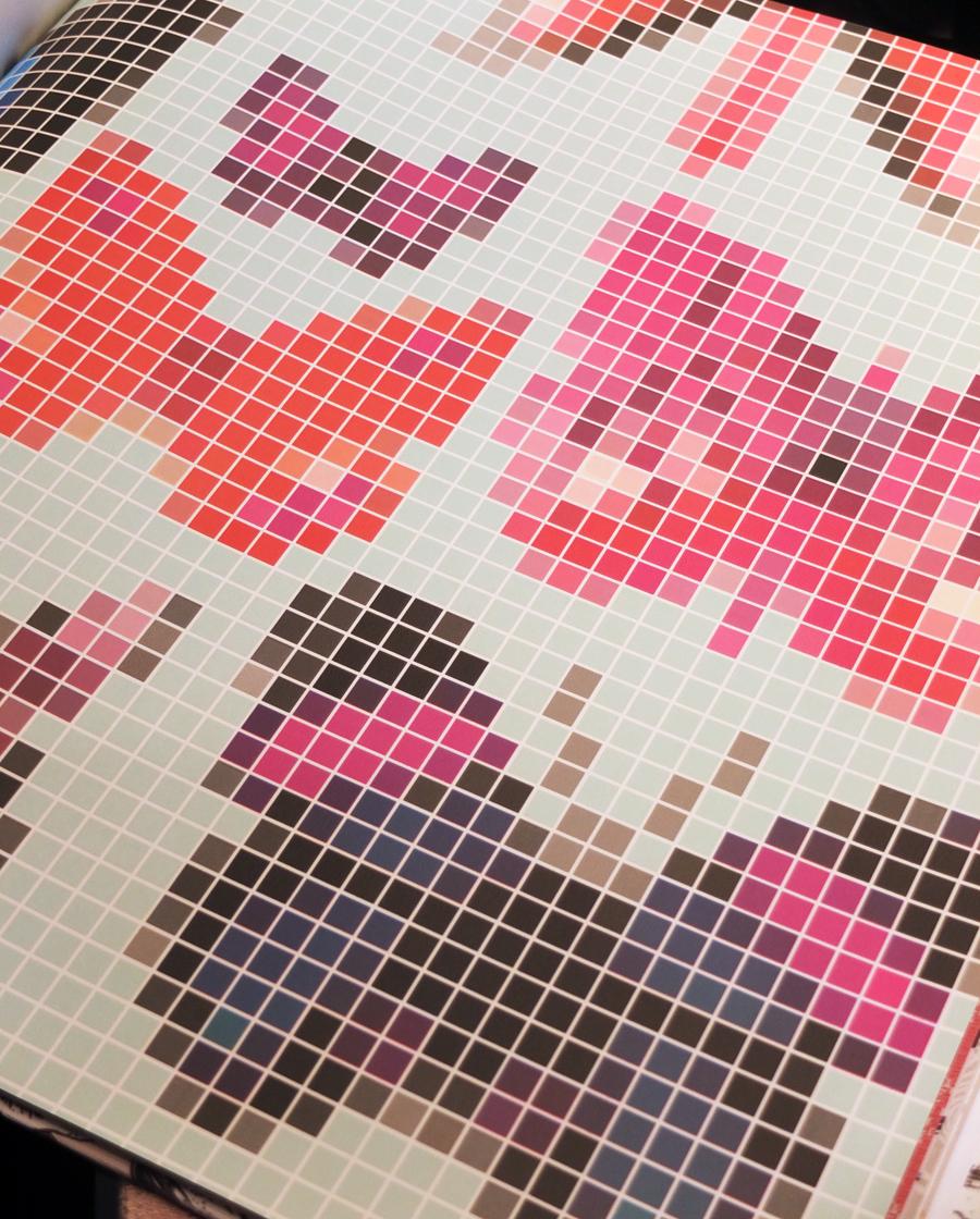 """Pixelteppich mit Schmetterlingen - """"Butterfly House"""" von Osborne & Little"""